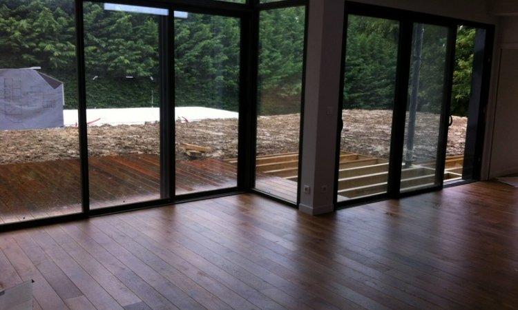 ACME Rénovation Parquet Artisan parqueteur à Lyon - Parquet en chêne teinté